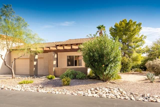 5610 N Calle De La Reina, Tucson, AZ 85718 (#22026223) :: Long Realty - The Vallee Gold Team