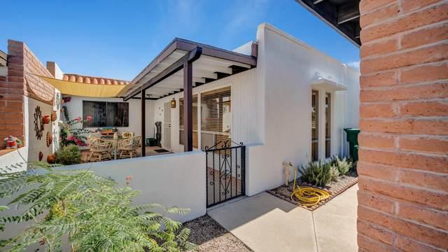 280 N Calle Del Santo, Green Valley, AZ 85614 (#22026475) :: The Local Real Estate Group | Realty Executives