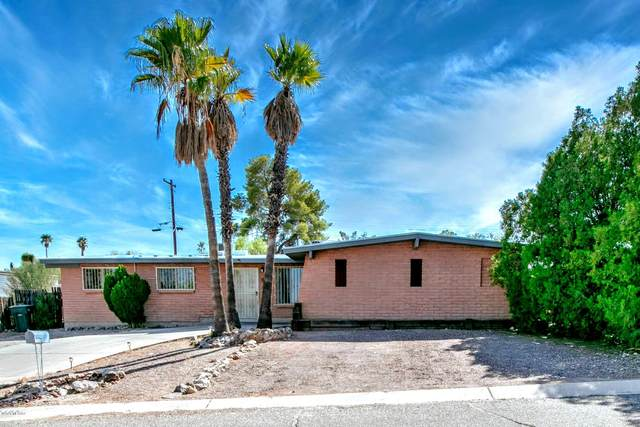 2165 W Rainbow Ridge Road, Tucson, AZ 85745 (#22026596) :: Long Realty - The Vallee Gold Team