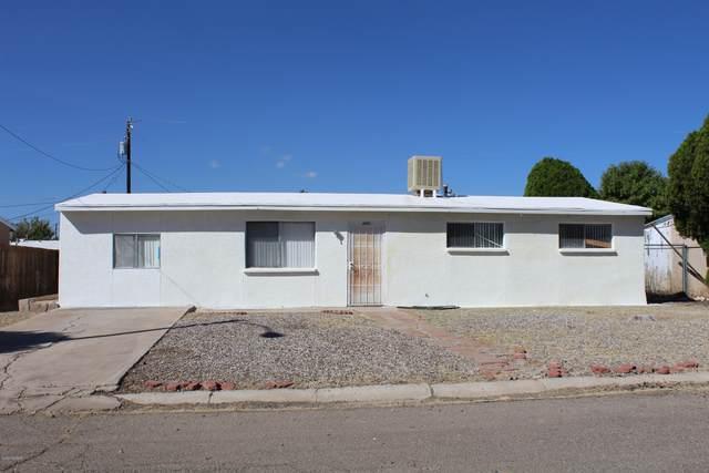 221 N Orr Avenue, Benson, AZ 85602 (#22026769) :: Long Realty - The Vallee Gold Team