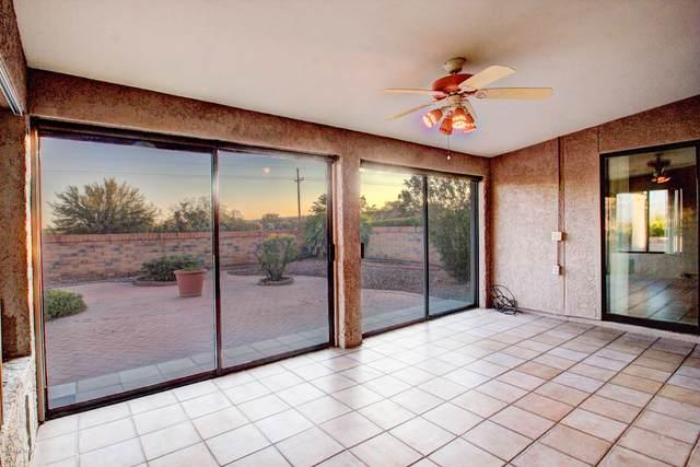 981 W Rio Guaymas, Green Valley, AZ 85614 (#22027352) :: Tucson Property Executives
