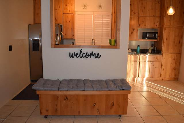 2631 W Camino Llano, Tucson, AZ 85742 (MLS #22027388) :: My Home Group