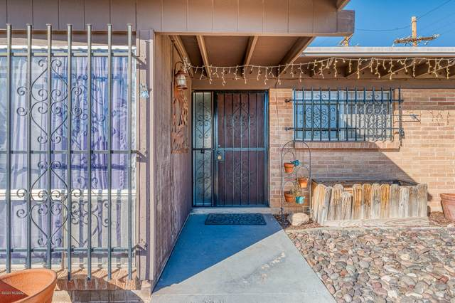 9075 E Bluefield Street, Tucson, AZ 85710 (#22028932) :: Long Realty Company