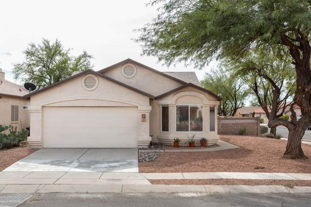 9102 E Rainsage Street, Tucson, AZ 85747 (#22029259) :: Tucson Property Executives