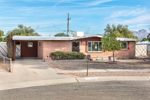 2222 W Calle Comodo, Tucson, AZ 85705 (#22029370) :: Tucson Property Executives