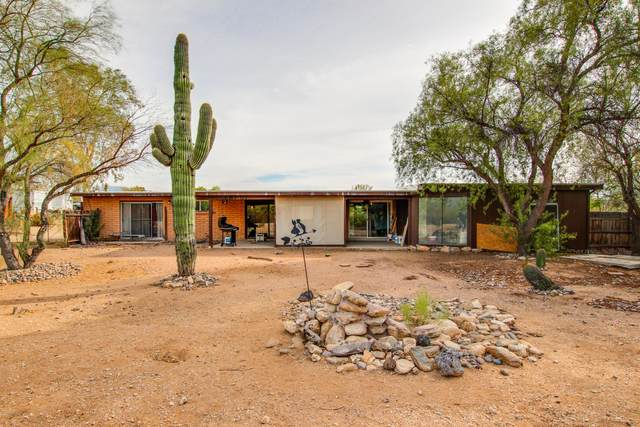 4551 N Oraibi Place, Tucson, AZ 85749 (MLS #22029476) :: The Property Partners at eXp Realty