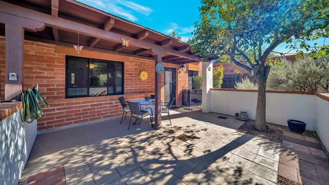 265 S Paseo Sarta D, Green Valley, AZ 85614 (#22029536) :: Long Realty - The Vallee Gold Team