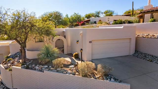 5652 E Paseo De La Tirada, Tucson, AZ 85750 (#22029590) :: Keller Williams