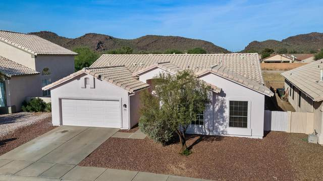7774 W Running Bear Drive, Tucson, AZ 85743 (#22029677) :: Keller Williams