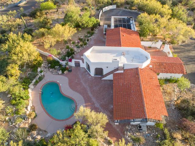 1300 E Calle Elena, Tucson, AZ 85718 (#22029688) :: Keller Williams