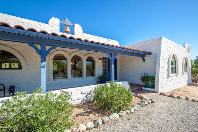 5862 N Camino Miraval, Tucson, AZ 85718 (#22029938) :: Long Realty - The Vallee Gold Team