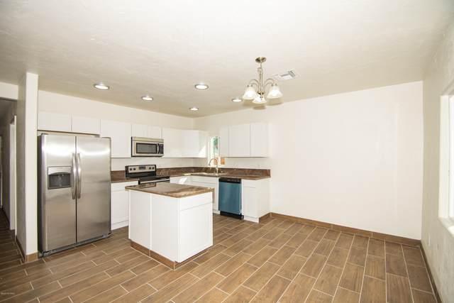1408 W Fresno Street, Tucson, AZ 85745 (#22101278) :: Long Realty - The Vallee Gold Team