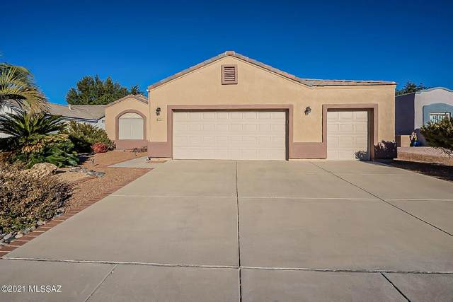 700 W Greenview Place, Green Valley, AZ 85614 (MLS #22101304) :: The Property Partners at eXp Realty