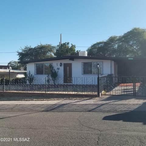1365 W Camino De La Paloma, Nogales, AZ 85621 (#22101549) :: Long Realty - The Vallee Gold Team