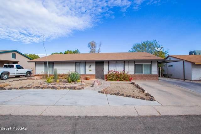 2560 W Vereda Verde, Tucson, AZ 85746 (#22101682) :: Long Realty - The Vallee Gold Team
