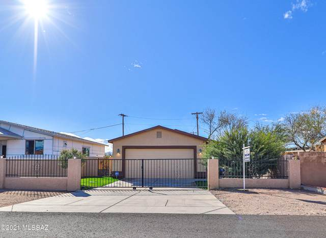 2211 W Holladay Street, Tucson, AZ 85746 (#22101749) :: Tucson Property Executives