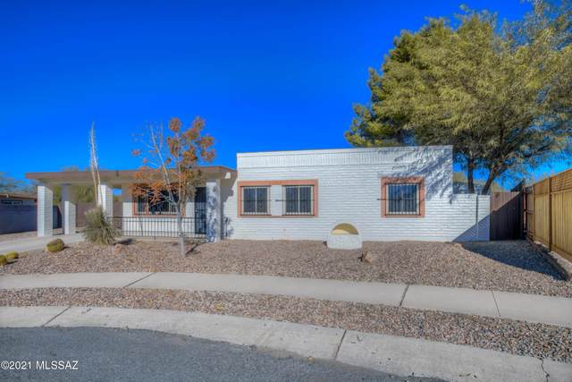 2724 W Placita Del Huerto, Tucson, AZ 85741 (#22101759) :: Tucson Property Executives