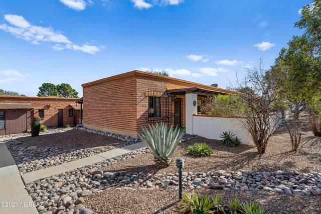 247 S Paseo Sarta A, Green Valley, AZ 85614 (#22101972) :: Gateway Realty International