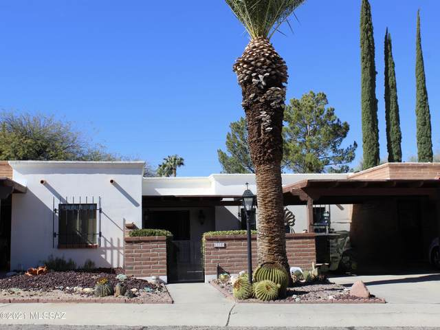 220 S Paseo Seco, Green Valley, AZ 85614 (#22103126) :: Long Realty - The Vallee Gold Team