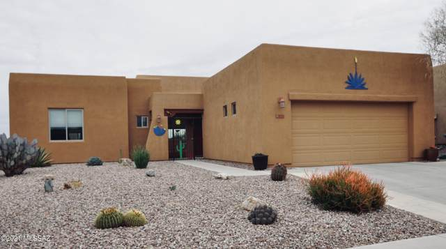8138 N Painted Feather Drive, Tucson, AZ 85743 (#22103451) :: Long Realty - The Vallee Gold Team