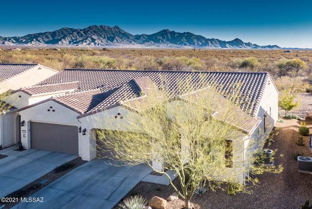1017 N Broken Hills Drive, Green Valley, AZ 85614 (#22103579) :: Long Realty - The Vallee Gold Team