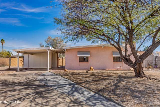 4811 S Calle Ole, Tucson, AZ 85714 (#22103658) :: Long Realty - The Vallee Gold Team
