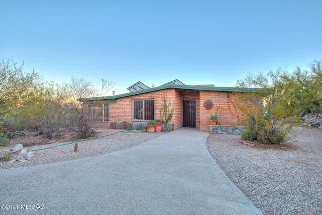 1506 N Plaza De Lirios, Tucson, AZ 85745 (#22103672) :: Long Realty - The Vallee Gold Team