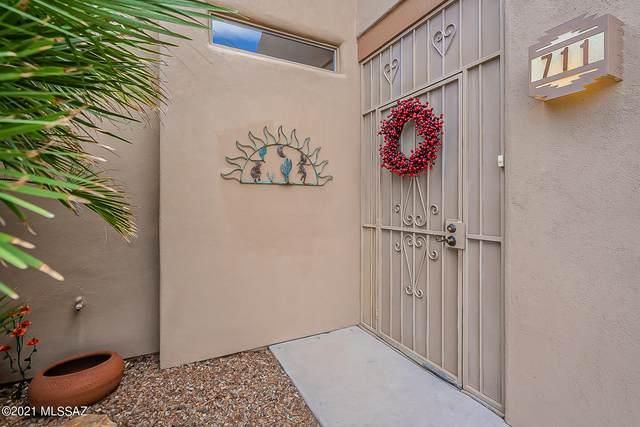 711 W Calle De La Pelotita, Green Valley, AZ 85614 (#22103776) :: Gateway Realty International
