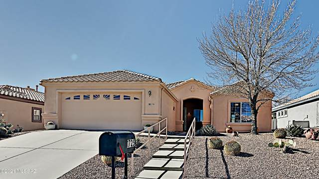1725 N Via Cananea, Green Valley, AZ 85614 (#22103877) :: Gateway Realty International