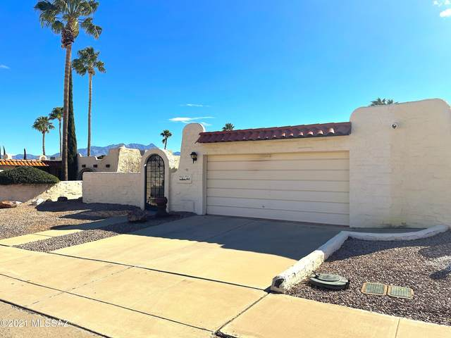 861 W Calle Del Regalo, Green Valley, AZ 85614 (#22104228) :: Long Realty Company