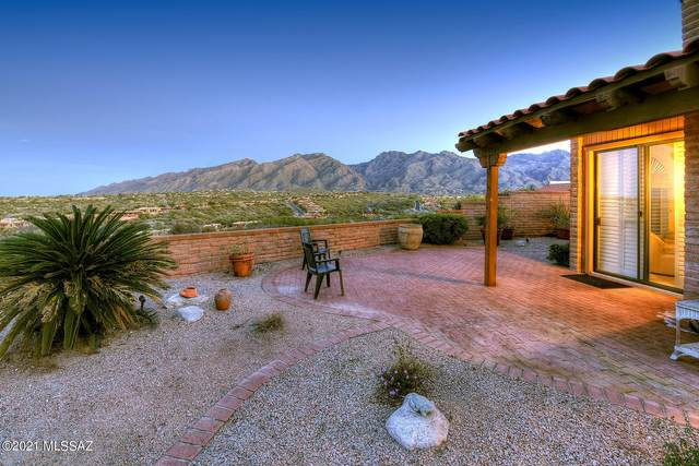 6631 E Valle Di Cadore, Tucson, AZ 85750 (#22104264) :: Long Realty - The Vallee Gold Team