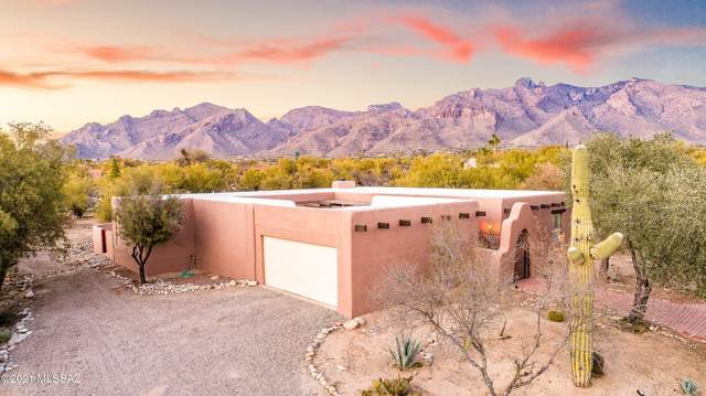 6249 N Camino Miraval, Tucson, AZ 85718 (#22104472) :: Keller Williams