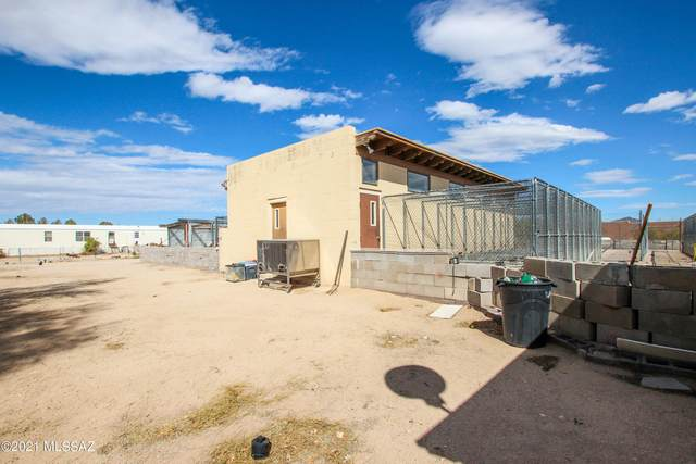8181 W Tangerine Road, Marana, AZ 85658 (MLS #22104475) :: The Luna Team