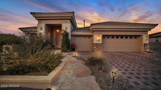 871 N Hale Drive, Green Valley, AZ 85614 (#22104492) :: Long Realty - The Vallee Gold Team