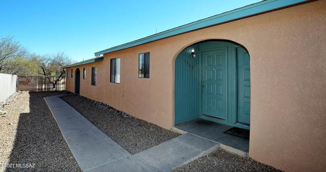 1360 N Riverview Boulevard, Tucson, AZ 85745 (#22104538) :: Keller Williams