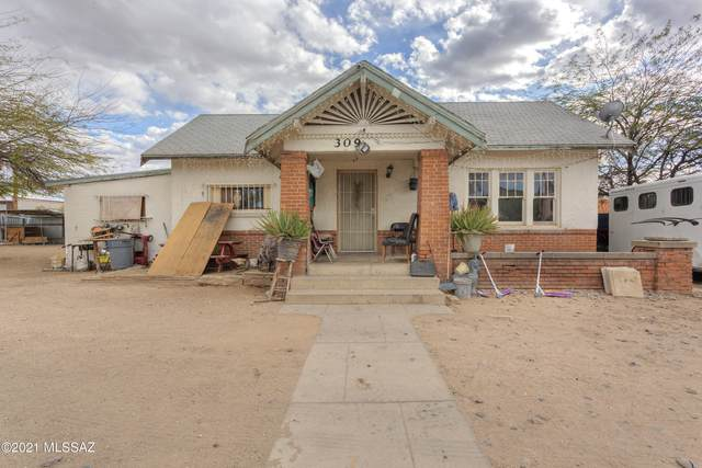 Address Not Published, Tucson, AZ 85705 (#22104544) :: Long Realty - The Vallee Gold Team