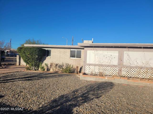1926 W Mistletoe Circle, Tucson, AZ 85713 (#22104621) :: Gateway Realty International