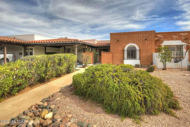555 S Paseo La Ruida Circle, Green Valley, AZ 85614 (#22104679) :: Keller Williams