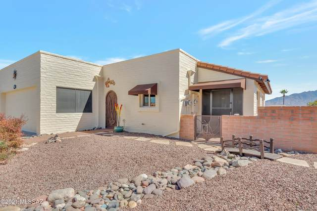 2781 S Calle Morena, Green Valley, AZ 85622 (#22105087) :: Gateway Realty International