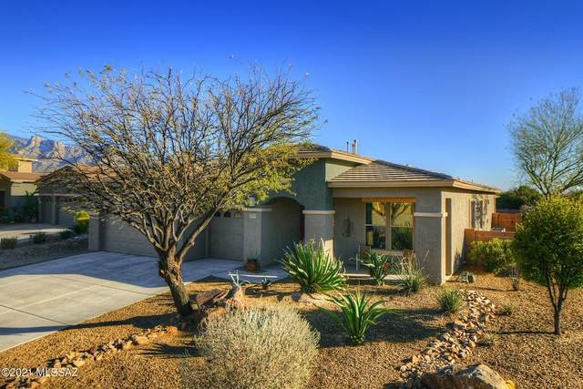 1543 W Soft Breeze Court, Oro Valley, AZ 85737 (#22105099) :: Long Realty - The Vallee Gold Team