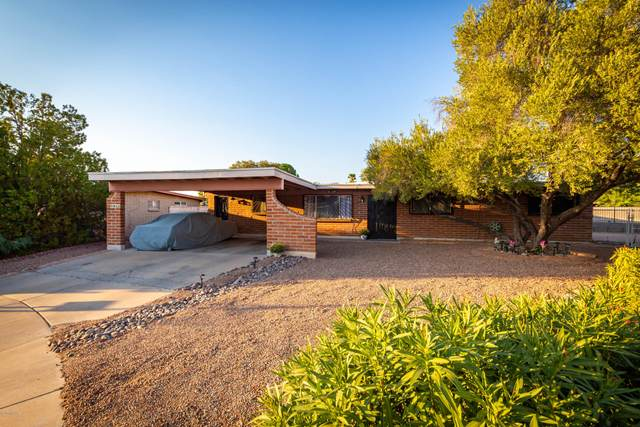 7811 E Clarence Place, Tucson, AZ 85715 (#22105104) :: Long Realty - The Vallee Gold Team