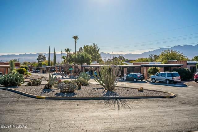 147 N Camino Del Varonil, Green Valley, AZ 85614 (#22105277) :: Keller Williams