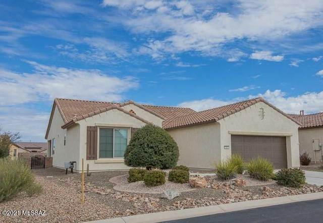 588 N Easter Lily Lane, Green Valley, AZ 85614 (#22105324) :: Gateway Realty International