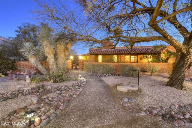 6932 N Pusch Peak Place, Tucson, AZ 85718 (#22105522) :: Long Realty - The Vallee Gold Team