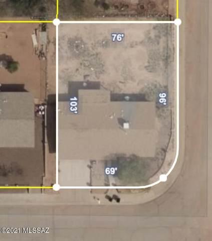 7500 W Calle Aragon, Tucson, AZ 85757 (#22105616) :: Kino Abrams brokered by Tierra Antigua Realty