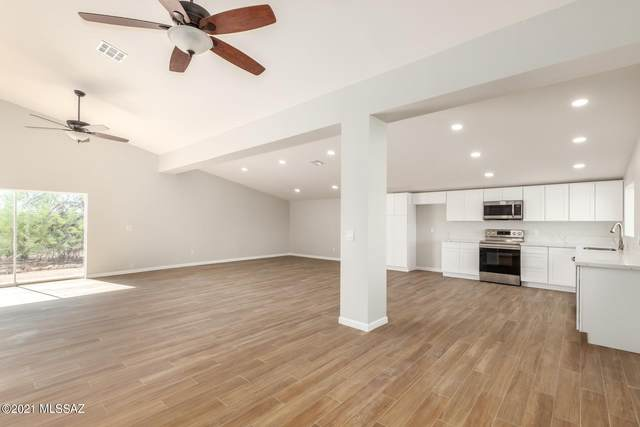 10500 N Oldfather Drive, Tucson, AZ 85742 (#22105728) :: Kino Abrams brokered by Tierra Antigua Realty