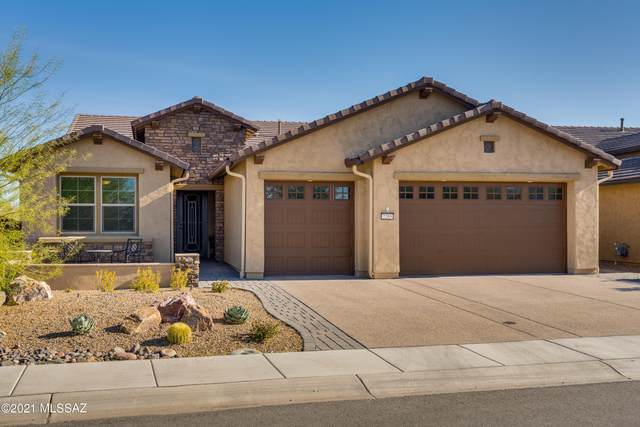 2205 E Page Mill Drive, Green Valley, AZ 85614 (#22105813) :: Kino Abrams brokered by Tierra Antigua Realty