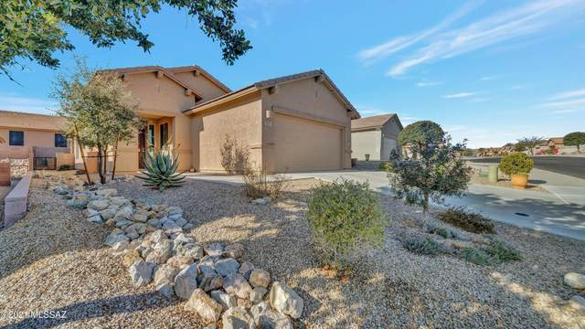 1053 W Pastora Peak Drive, Green Valley, AZ 85614 (#22106018) :: Long Realty - The Vallee Gold Team