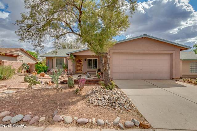 4719 W Bluebell Way, Tucson, AZ 85742 (#22107962) :: Tucson Real Estate Group