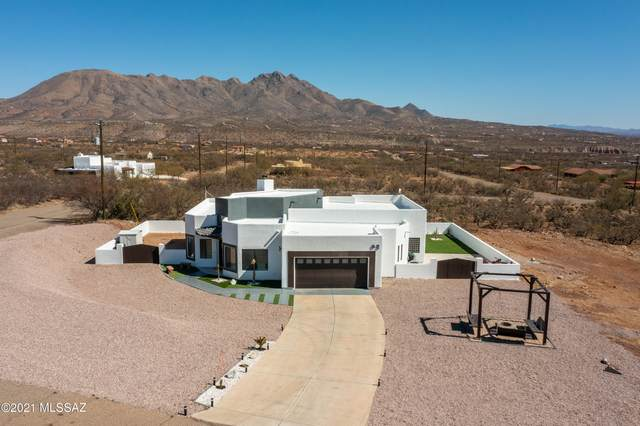 92 Avenida De Las Naciones, Rio Rico, AZ 85648 (#22108394) :: Long Realty - The Vallee Gold Team
